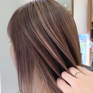 秋冬スタイル ブリーチカラー ハイライト エレガント ヘアスタイルや髪型の写真・画像