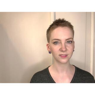 刈り上げ 大人女子 個性的 モード ヘアスタイルや髪型の写真・画像
