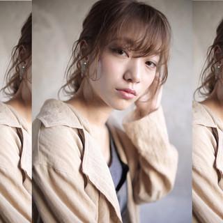 ヘアアレンジ ミディアム パーマ 外国人風 ヘアスタイルや髪型の写真・画像