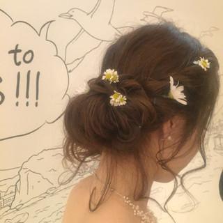 ブライダル セミロング ヘアアレンジ 結婚式 ヘアスタイルや髪型の写真・画像