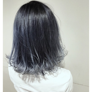 ハイライト バレイヤージュ アッシュ 透明感 ヘアスタイルや髪型の写真・画像 ヘアスタイルや髪型の写真・画像
