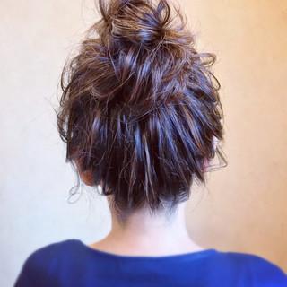 お呼ばれ 結婚式 セミロング フェミニン ヘアスタイルや髪型の写真・画像