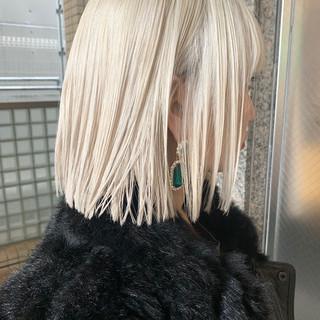 ガーリー ボブ ショートボブ ホワイトブリーチ ヘアスタイルや髪型の写真・画像 ヘアスタイルや髪型の写真・画像