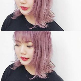 シースルーバング ストリート ピンク ピンクアッシュ ヘアスタイルや髪型の写真・画像