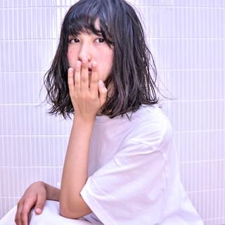 ゆるふわ アンニュイ バレンタイン グレージュ ヘアスタイルや髪型の写真・画像
