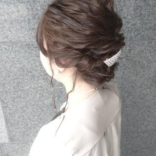 ゆるふわ 結婚式 フェミニン ヘアアレンジ ヘアスタイルや髪型の写真・画像 ヘアスタイルや髪型の写真・画像