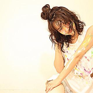 黒髪 個性的 簡単ヘアアレンジ ミディアム ヘアスタイルや髪型の写真・画像