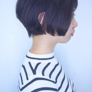 ナチュラル ショート 大人かわいい オフィス ヘアスタイルや髪型の写真・画像 ヘアスタイルや髪型の写真・画像