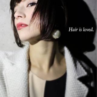 暗髪 ウェットヘア ストリート センターパート ヘアスタイルや髪型の写真・画像