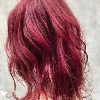 ミディアム 派手髪 ナチュラル 簡単ヘアアレンジ ヘアスタイルや髪型の写真・画像 ヘアスタイルや髪型の写真・画像