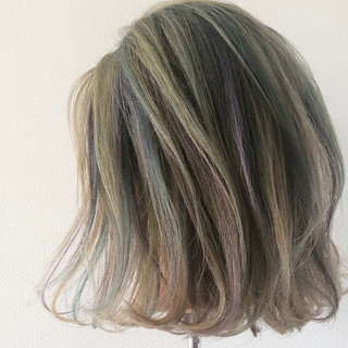 ユニコーンカラー ブリーチ ブリーチオンカラー ストリート ヘアスタイルや髪型の写真・画像