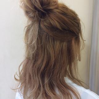 ゆるふわ ヘアアレンジ ミディアム 巻き髪 ヘアスタイルや髪型の写真・画像