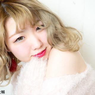 ヘアアレンジ 外国人風カラー ボブ ミルクティーベージュ ヘアスタイルや髪型の写真・画像
