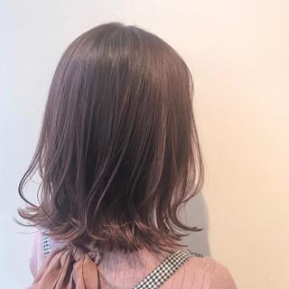 ブリーチ無し ミディアム ピンクアッシュ 切りっぱなし ヘアスタイルや髪型の写真・画像