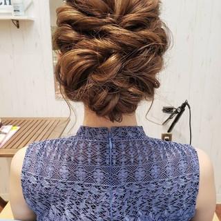 おフェロ フェミニン 結婚式 セミロング ヘアスタイルや髪型の写真・画像