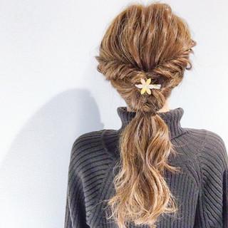 ヘアアレンジ 結婚式 セミロング アウトドア ヘアスタイルや髪型の写真・画像