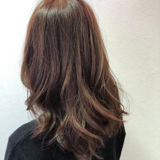 フェミニン 大人かわいい ピンク アンニュイほつれヘア ヘアスタイルや髪型の写真・画像
