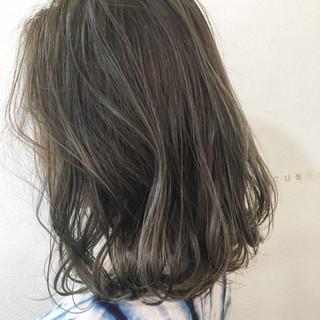 透明感 ミディアム ハイライト 外国人風 ヘアスタイルや髪型の写真・画像