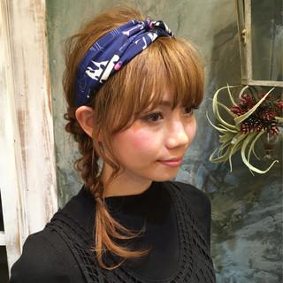 簡単ヘアアレンジ ミディアム ヘアアレンジ 大人かわいい ヘアスタイルや髪型の写真・画像