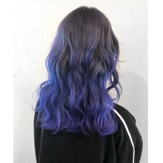 グラデーションカラー ミディアム パープル ストリート ヘアスタイルや髪型の写真・画像