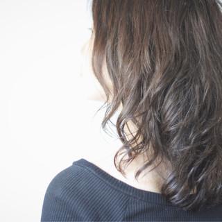 ロング フェミニン ゆるふわパーマ パーマ ヘアスタイルや髪型の写真・画像