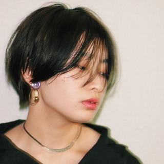 ハンサムショート モード ショートヘア 黒髪ショート ヘアスタイルや髪型の写真・画像