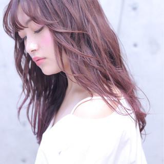 前髪あり レッド フリンジバング パーマ ヘアスタイルや髪型の写真・画像