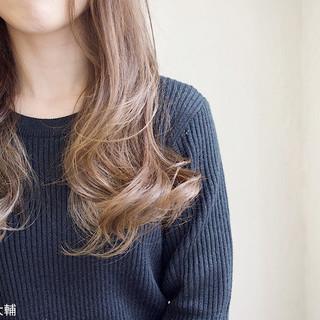 ベージュ ミルクティー グレージュ ナチュラル ヘアスタイルや髪型の写真・画像