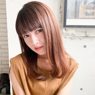 デジタルパーマ シースルーバング デート フェミニン ヘアスタイルや髪型の写真・画像
