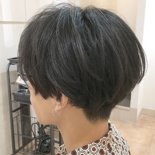 ストリート 刈り上げ ツーブロック ショート ヘアスタイルや髪型の写真・画像