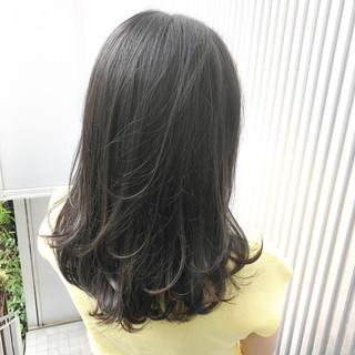 アッシュ ミルクティーグレージュ 前髪 ナチュラル ヘアスタイルや髪型の写真・画像