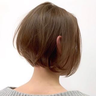 デザイン ボブ エレガント 切りっぱなしボブ ヘアスタイルや髪型の写真・画像
