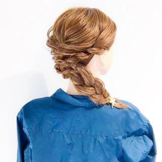 大人女子 フェミニン ロング アウトドア ヘアスタイルや髪型の写真・画像 ヘアスタイルや髪型の写真・画像