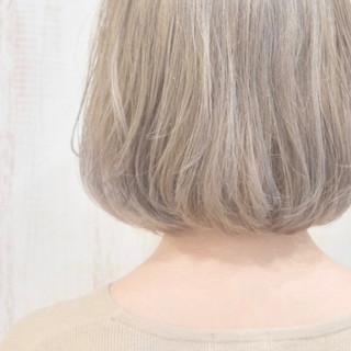 フェミニン ショートボブ ボブ インナーカラー ヘアスタイルや髪型の写真・画像