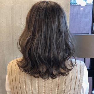 ゆるふわ 暗髪 オフィス ロブ ヘアスタイルや髪型の写真・画像 ヘアスタイルや髪型の写真・画像