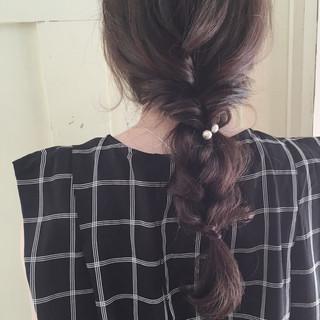 編み込み セミロング 三つ編み ラベンダーアッシュ ヘアスタイルや髪型の写真・画像