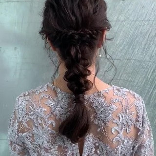 編みおろし 編み込み ヘアアレンジ フェミニン ヘアスタイルや髪型の写真・画像