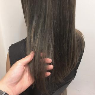 ロング アッシュ ハイライト ナチュラル ヘアスタイルや髪型の写真・画像