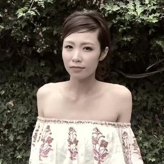 ロング 結婚式 フェミニン 大人かわいい ヘアスタイルや髪型の写真・画像