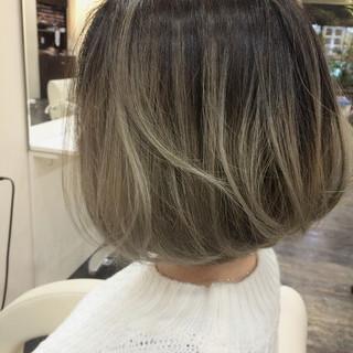 グラデーションカラー 3Dカラー ボブ 外国人風カラー ヘアスタイルや髪型の写真・画像