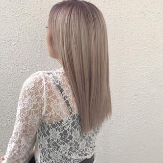 ロング エレガント 上品 ハイトーン ヘアスタイルや髪型の写真・画像 ヘアスタイルや髪型の写真・画像