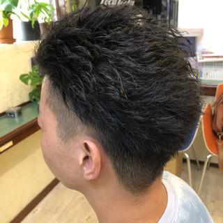 メンズパーマ ショート ストリート メンズスタイル ヘアスタイルや髪型の写真・画像