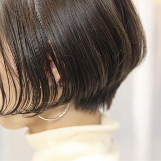 ショート コンサバ 外国人風カラー 小顔 ヘアスタイルや髪型の写真・画像