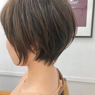 デート ショートヘア ショート オフィス ヘアスタイルや髪型の写真・画像