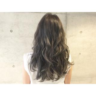 ストリート アッシュ 外国人風 セミロング ヘアスタイルや髪型の写真・画像