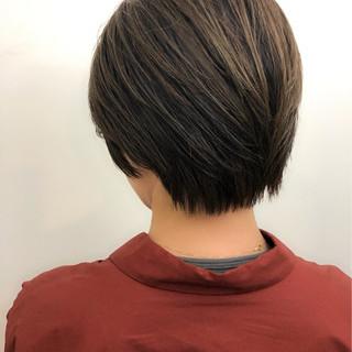 オフィス ハイライト ナチュラル 似合わせ ヘアスタイルや髪型の写真・画像   北里和哉 / far beyond