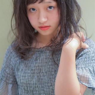透明感 ガーリー 秋 グレージュ ヘアスタイルや髪型の写真・画像