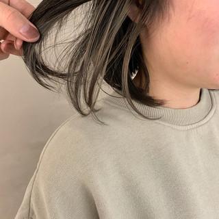 ナチュラル デート インナーカラー インナーカラーホワイト ヘアスタイルや髪型の写真・画像 ヘアスタイルや髪型の写真・画像