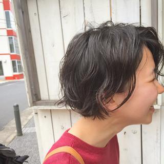 ナチュラル パーマ ショート 女子会 ヘアスタイルや髪型の写真・画像 ヘアスタイルや髪型の写真・画像