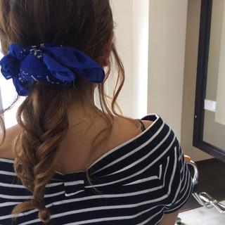 ミディアム くせ毛風 ヘアアレンジ 外国人風 ヘアスタイルや髪型の写真・画像